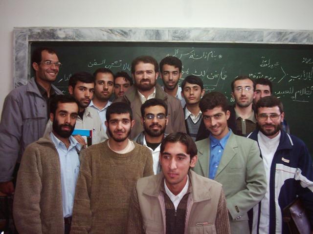 استاد حمید عباس زاده به اتفاق دانشجویان ورودی 82